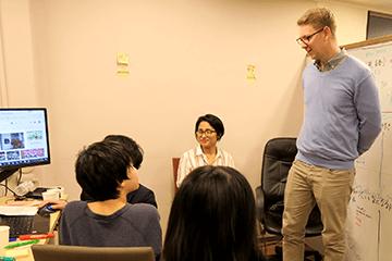 エンカレ授業の紹介「英語で国際交流!~ ヤンさんに学ぶドイツの文化! ~」